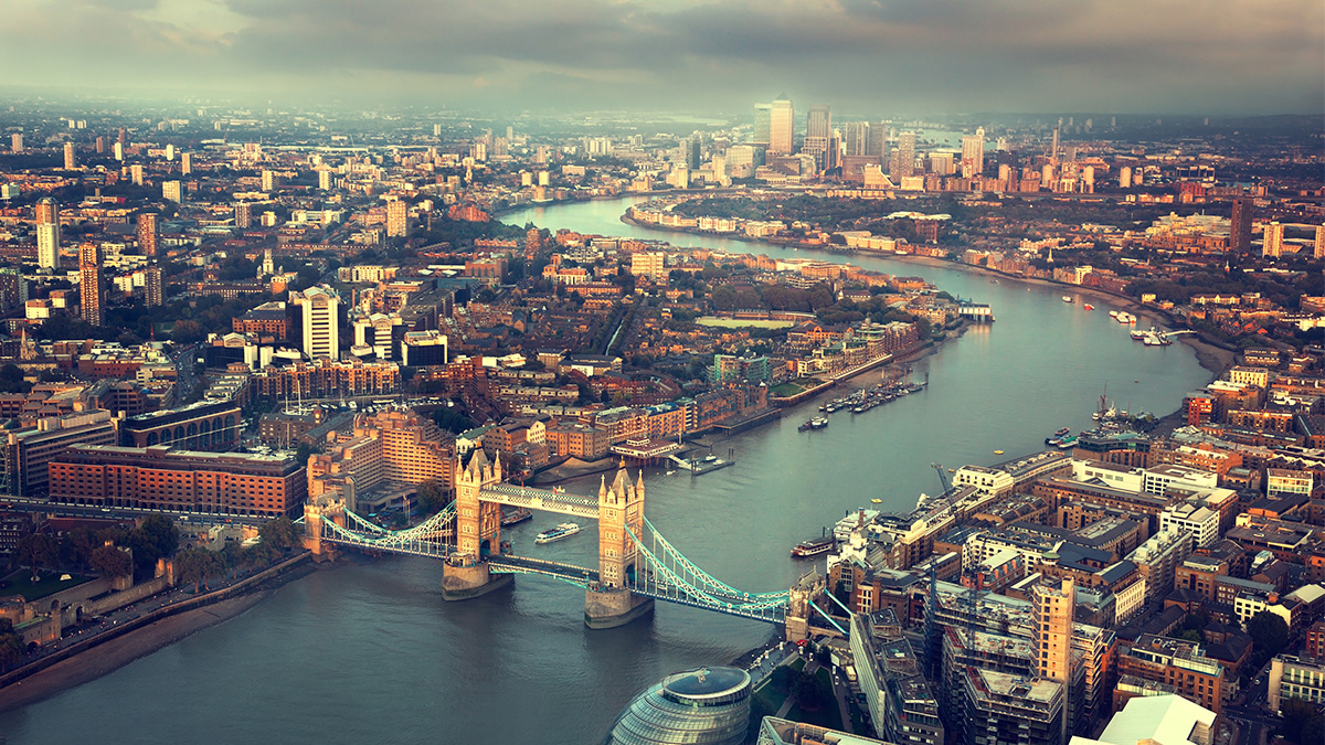 London skyline (ESB Professional/Shutterstock.com)