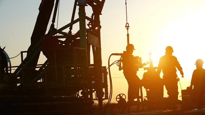 Drilling for oil (pan demin/Shutterstock)