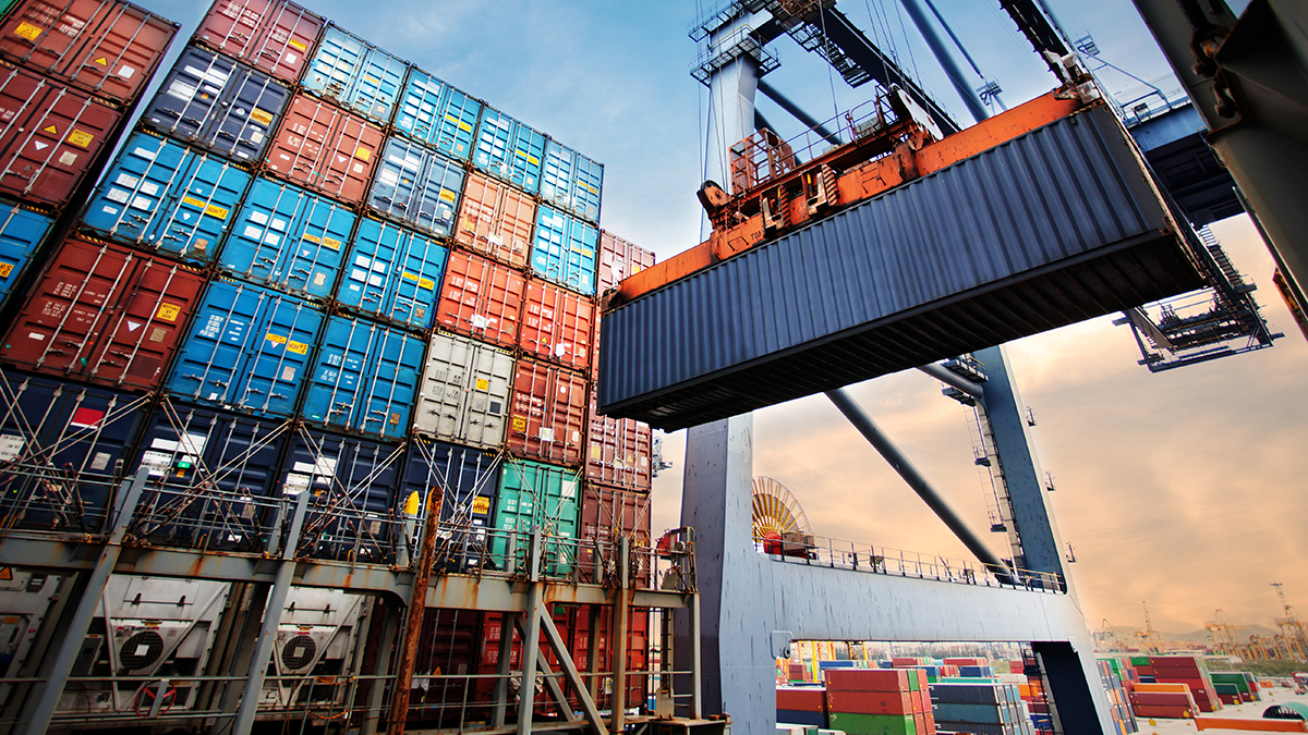 Shipping container (MOLPIX/Shutterstock.com)